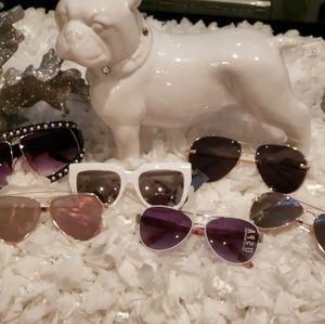 Accessories - 6 sunglasses